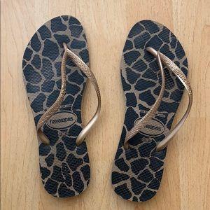 Havaianas animal print flip flop sandals